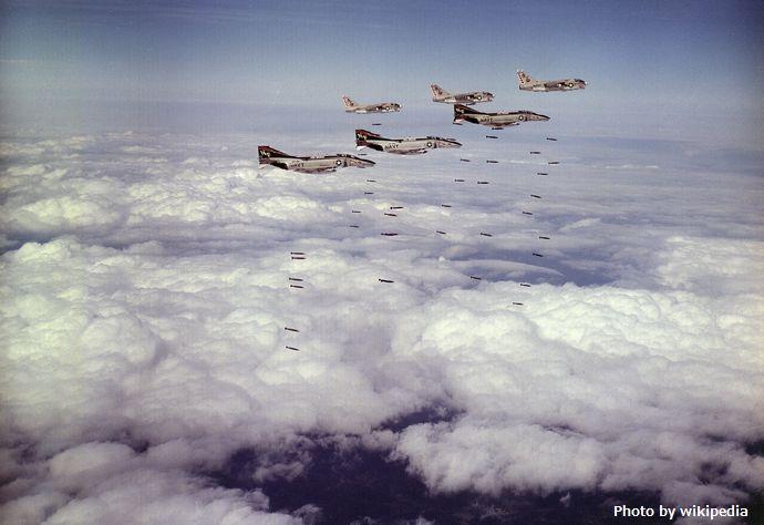 米軍がベトナム戦争中に核兵器使用を計画、機密解除文書で明らかに!