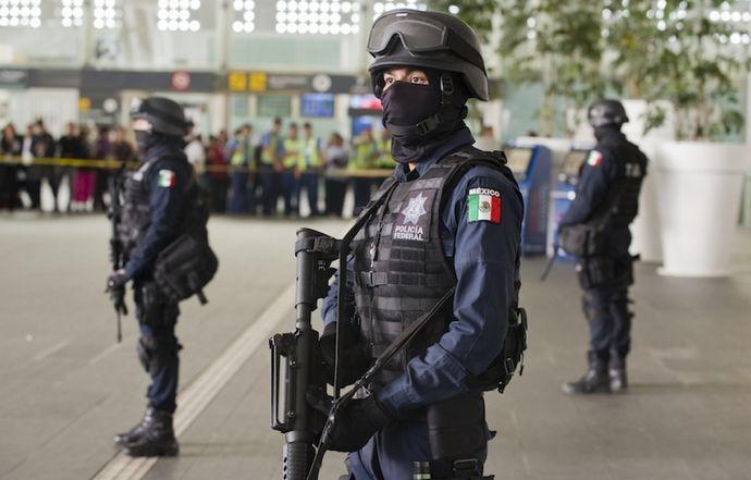 mexico_city_airport_shootout