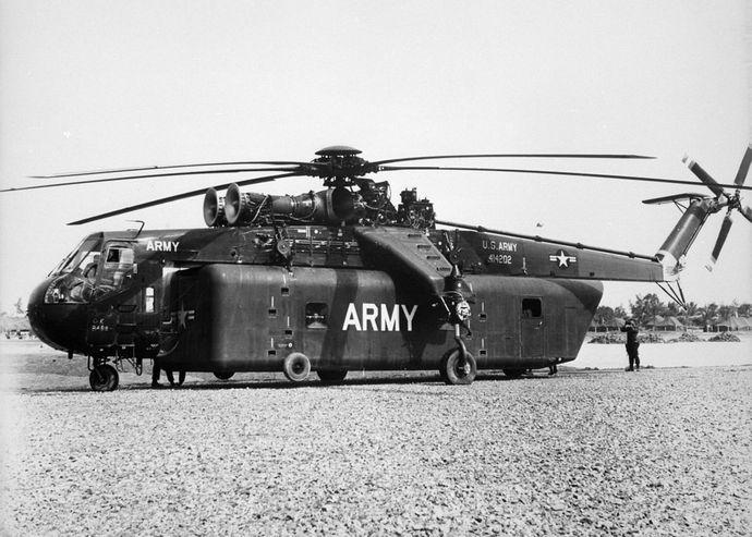 1280px-CH-54_Tarhe_1960