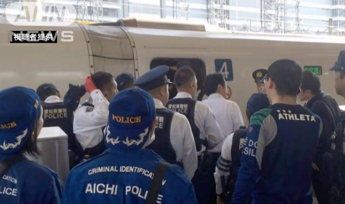 「新幹線内に拳銃を持った人がいる」JR東海が110番通報…実は大阪府警の私服警官!