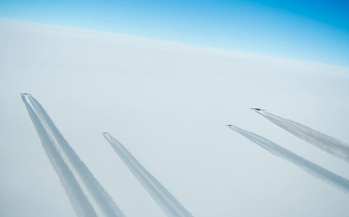 19.04.09four_b52_over_norway_28.03.2019