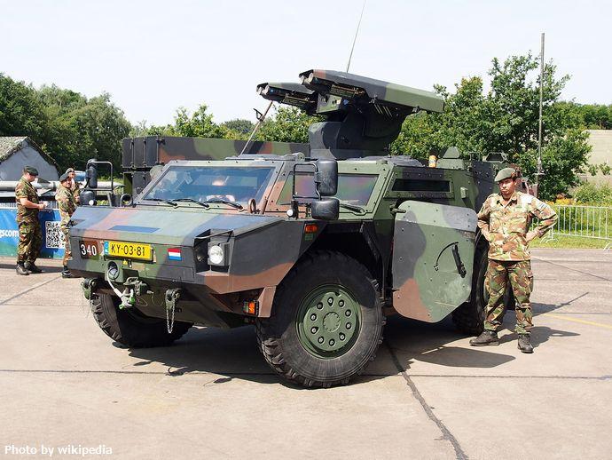 Fennek_reconnaissance_vehicle_of_340th,_pic1