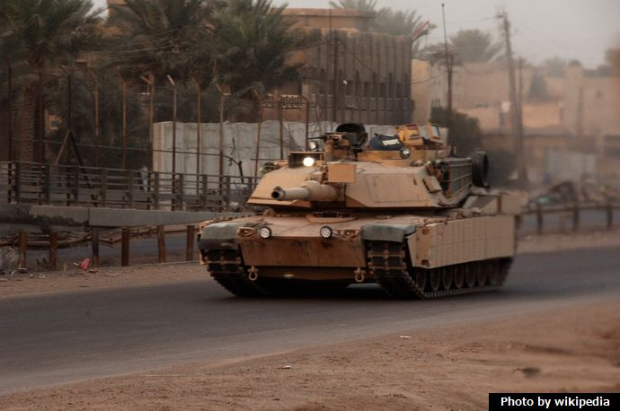 M1A1_Abrams_tank_with_TUSK_armor_upgrade