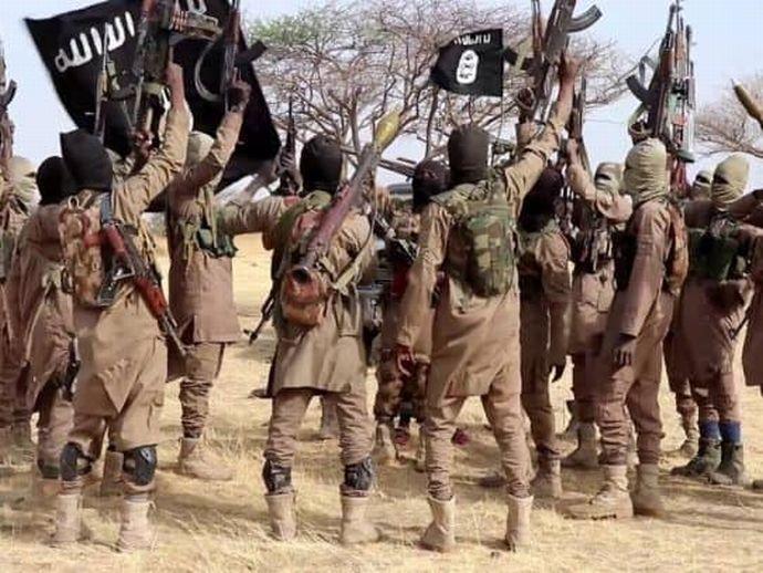 Al-Shabaab-terrorist--542x407