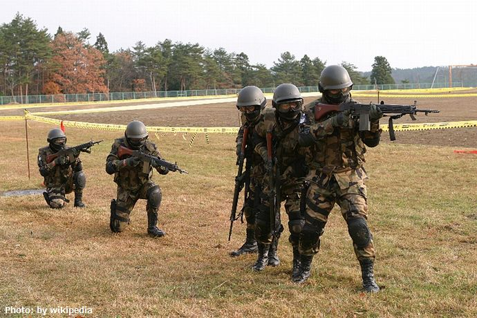 JASDF_Tohokumachi_Sub_Base_security_drills