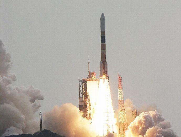 800px-H-IIA_F12_launching_IGS-R2