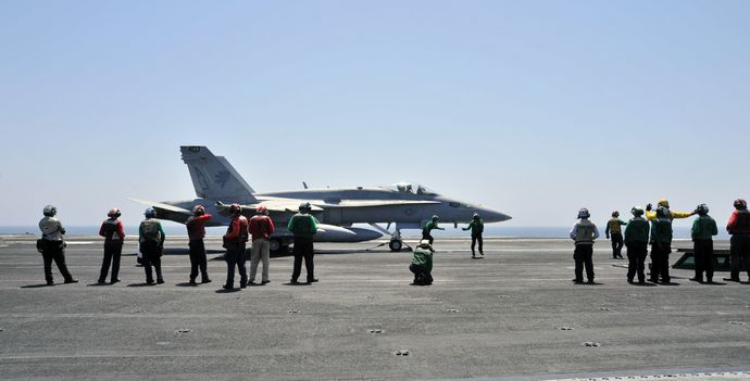 FA-18C_Fighter_Iraq_Airstrikes_August_7_2014