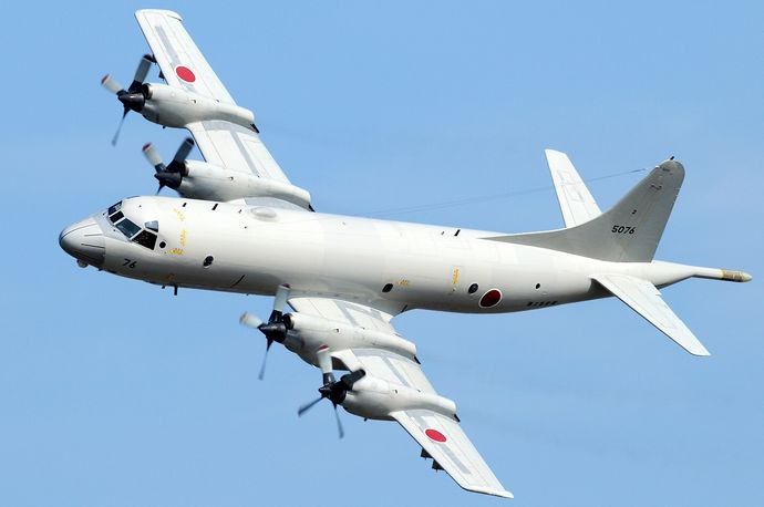 Kawasaki_P-3C_Orion,_Japan_-_Navy_AN2284167