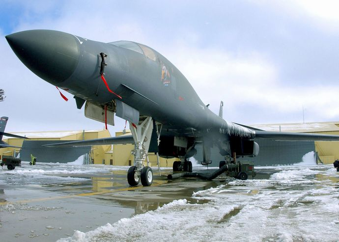 B-1B_Lancer_On_Display