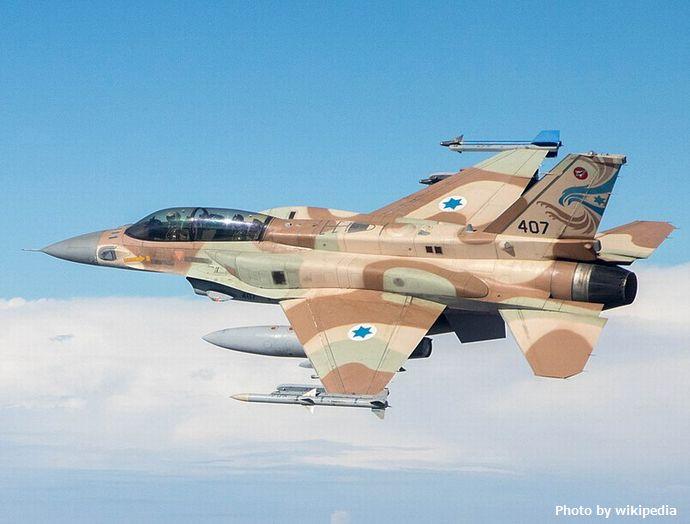 790px-IAF-F-35I-and-F-16I--Sufa--cropped-nf