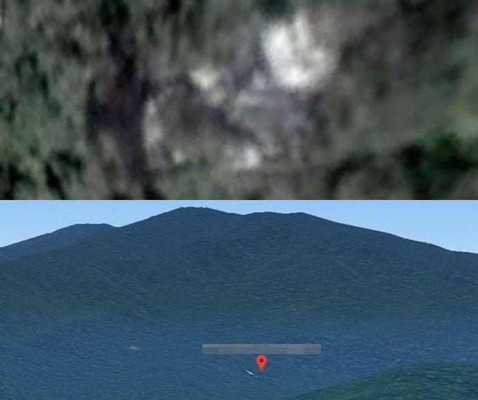 消息不明のマレーシア航空MH370と見られるロゴが描かれたコックピットと尾翼がカンボジアの森林で発見…グーグルマップ上!