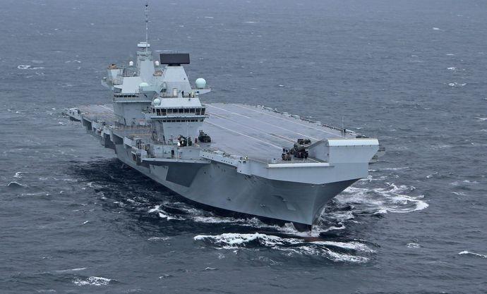 HMS-Queen-Elizabeth-em-provas-de-mar-3