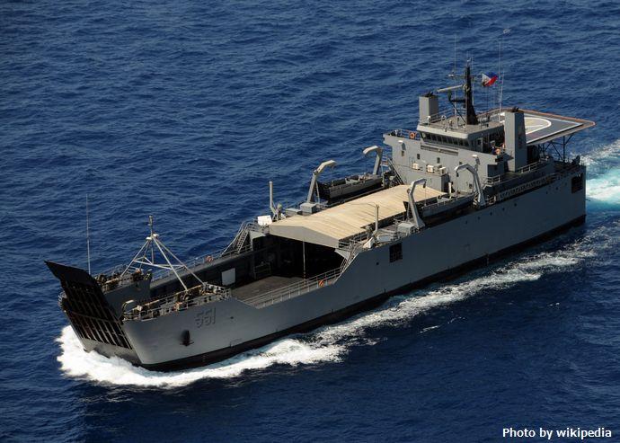 フィリピン軍が南シナ海の島に兵員や物資を輸送…軍事力を強化!