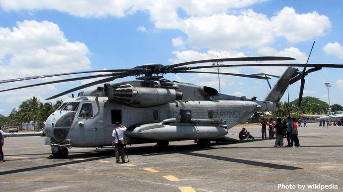 CH-53_Sea_Stallion_-_Side_View_(Balikatan_2016)
