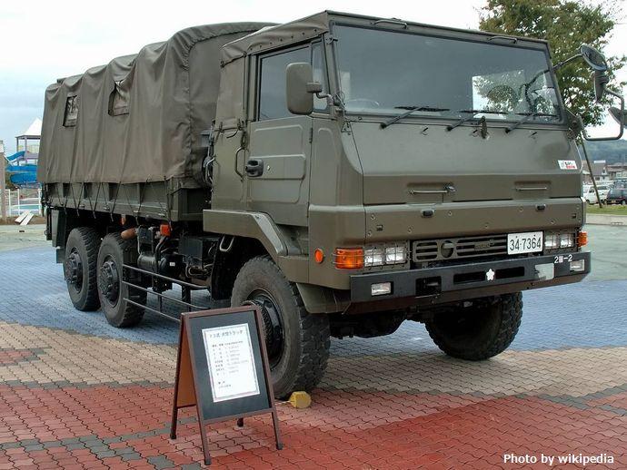 1280px-JGSDF_73_Ougata_Truck_(ISUZU)_1