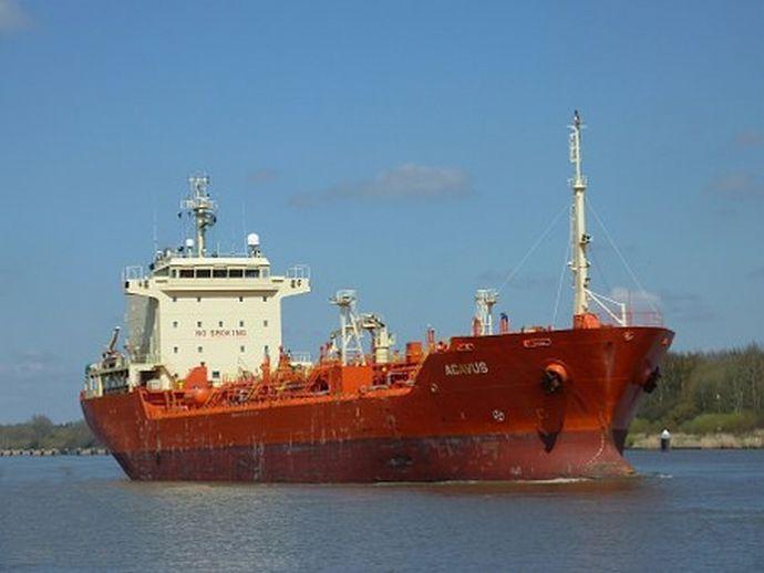 ship-467389__340