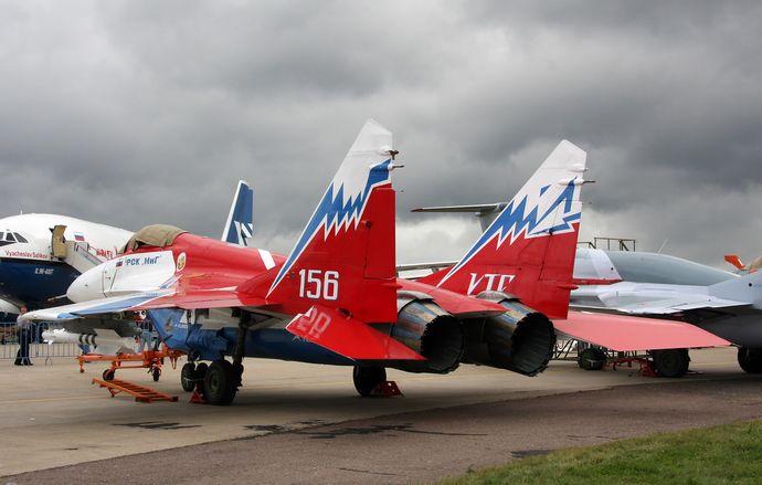 MiG-29OVT_MAKS-2009_(3)