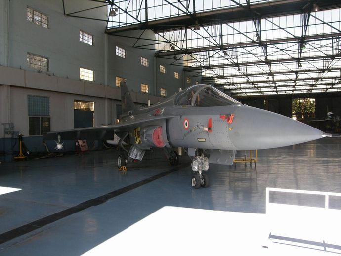 1280px-Tejas_air_force_grey