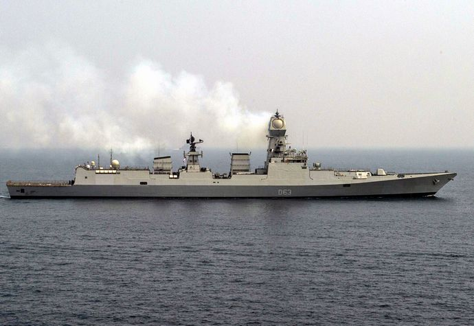 Sideview_of_INS_Kolkata_(D63)
