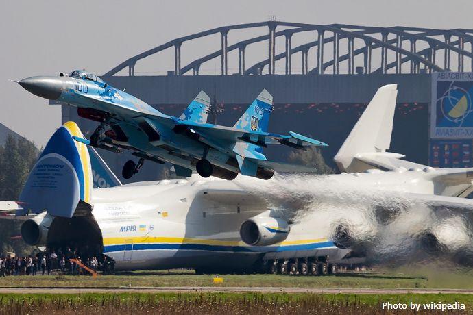 Sukhoi_Su-27_(Su-27S),_Ukraine_-_Air_Force_AN2186574