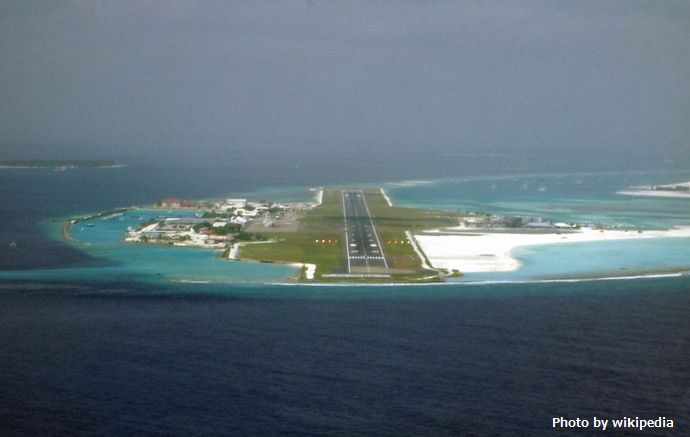 Maldives_Approach_Finals_-_Rwy_36_Short_Finals_1