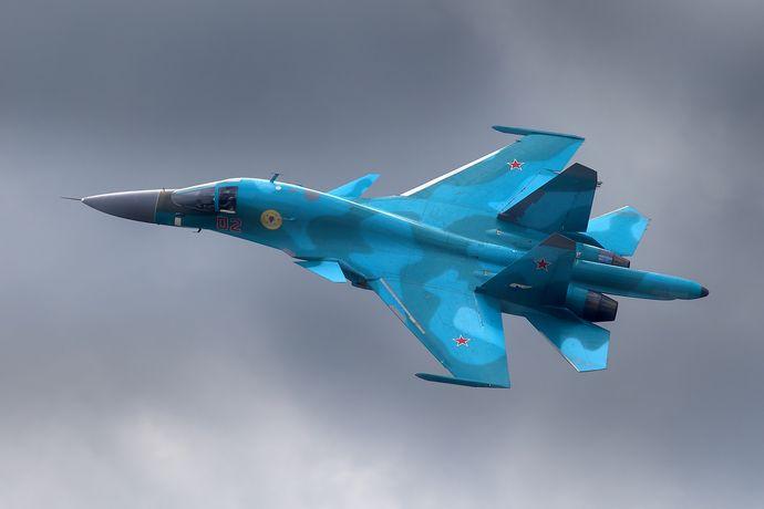 Sukhoi_Su-34,_Russia_-_Air_Force_AN1646787