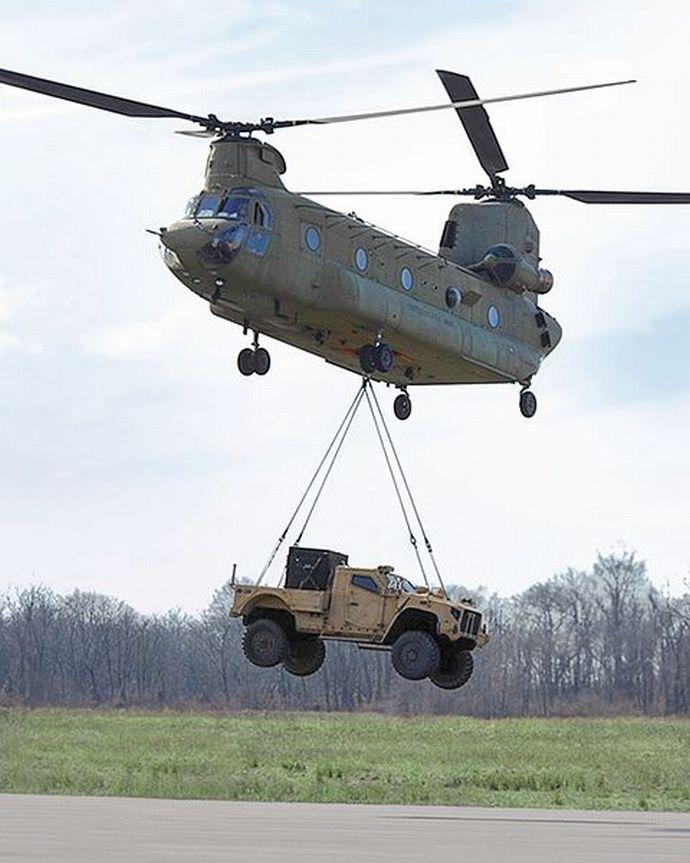 L-ATV_Sling_Load_CH-47