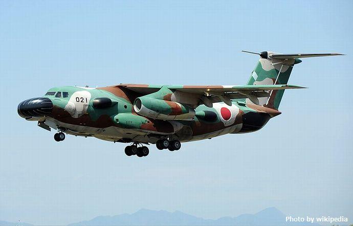 800px-JASDF_Kawasaki_EC-1_Aoki-2