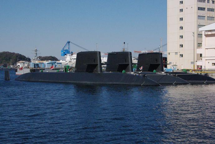 JMSDF_Oyashio_class_submarine_20090208-2
