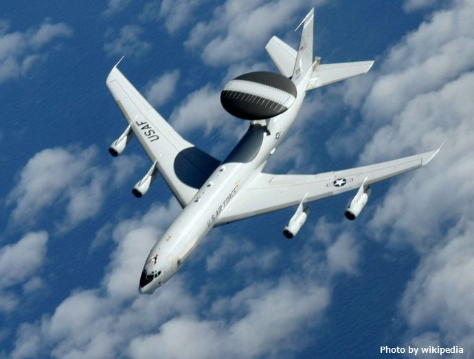 Boeing_E-3_Sentry_090512-F-7550B-902