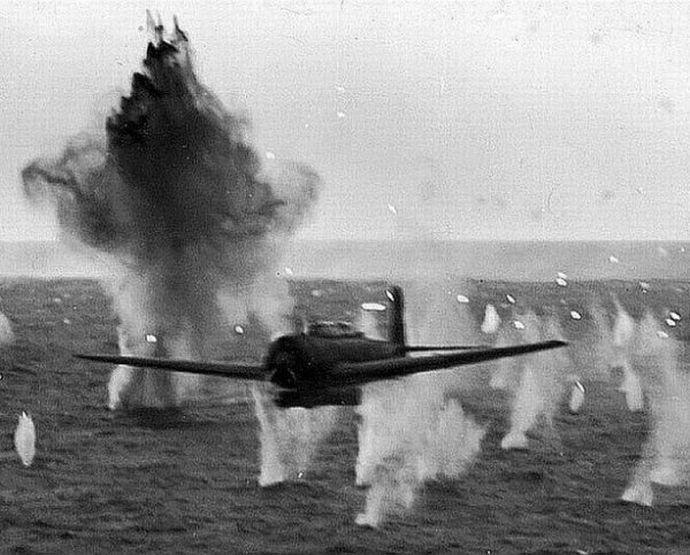 d-kamikaze-uss-missouri-600-7
