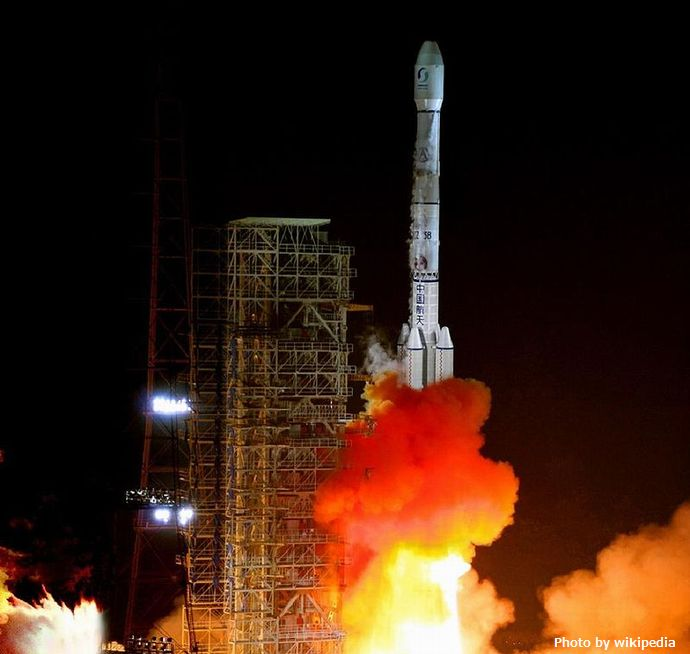 800px-The_Launch_of_Long_March_3B_Rocket