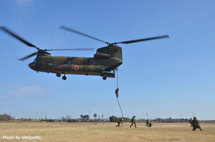 10_第1空挺団・降下訓練始め行事訓練_R_装備_146