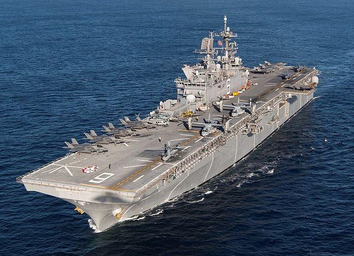 800px-USS_America_(LHA-6)_F-35B_loaded