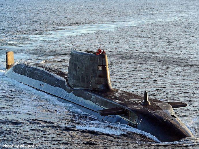 1280px-HMS_Ambush_long