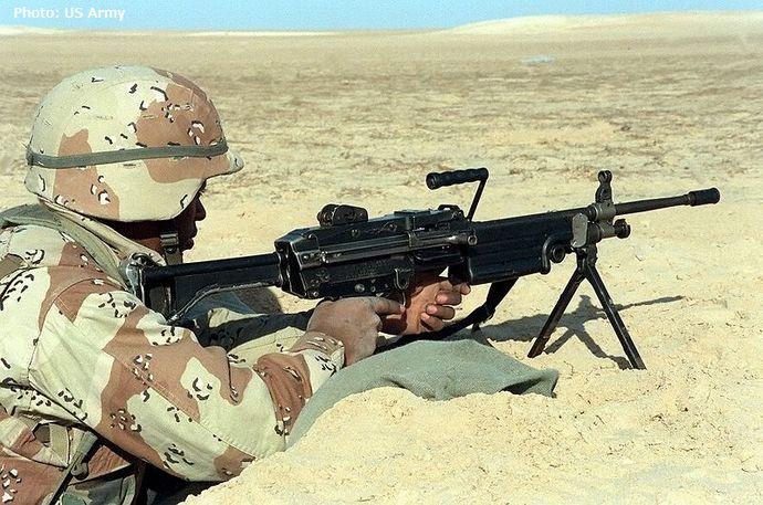 800px-M249_FN_MINIMI_DM-SC-93-05251