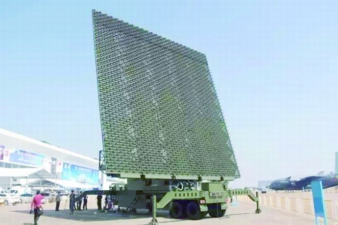 中国の最新対ステルスレーダーが初公開…第8回世界レーダー博覧会!