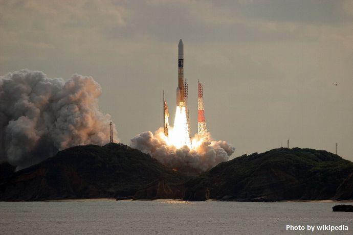 H-IIA_F26_launching_Hayabusa-2