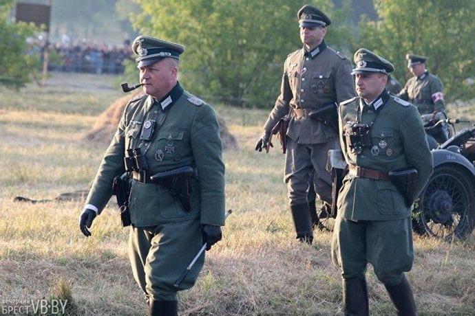 ベラルーシでブレスト要塞攻防戦が再現…対ナチス・ドイツ戦勝76周年!