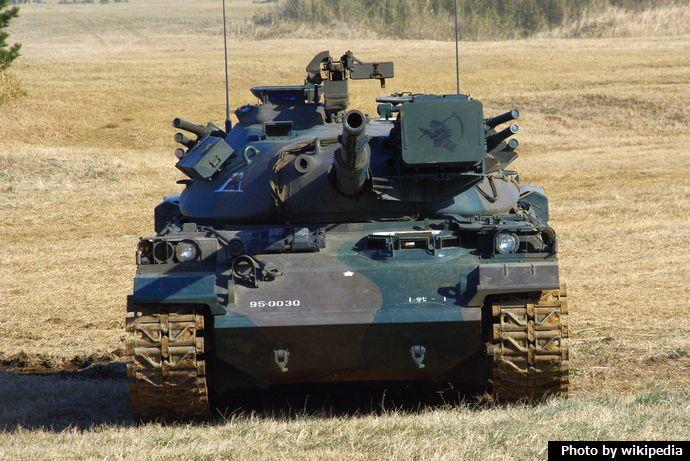 JGSDF_Type74_Tank_20120108-02