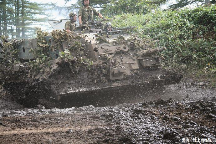 78式戦車回収車(第5旅団)