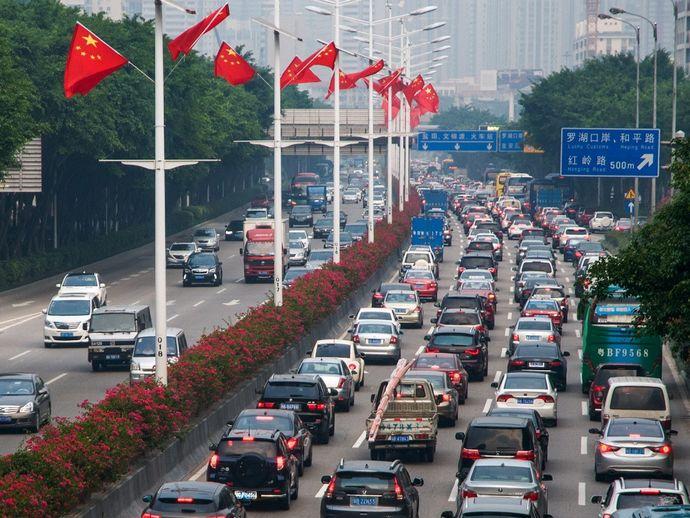 中国国内を走る日米車両などから、位置情報などが政府管理のデータセンターに送信!