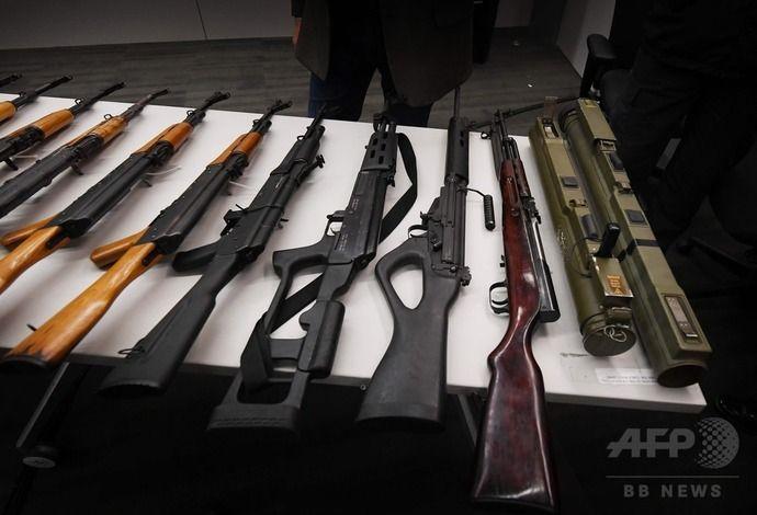 ロサンゼルス市警察と当局が銃器を買い取り回収…アサルトライフルや携行式ロケット弾も!