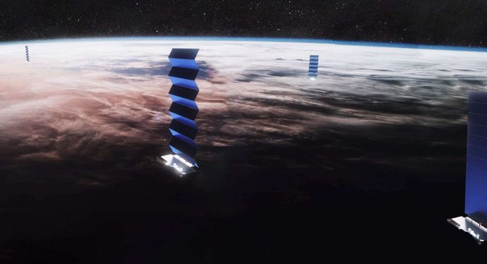 Starlink-solar-array-deploy-SpaceX-pano-3-crop-c