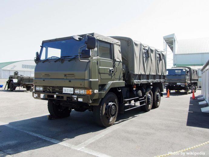 JGSDF_Type73_Truck(^)_,_陸上自衛隊_73式_大型トラック_-_panoramio