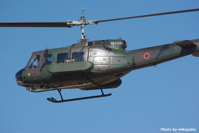 JGSDF_UH-1H_&_Type87_mine_dispenser_20120108