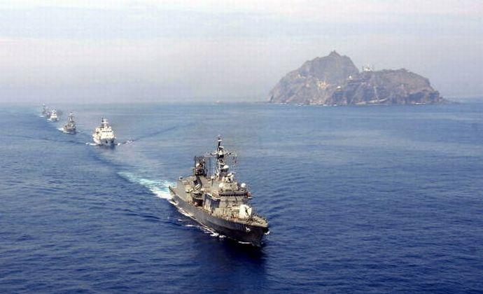 韓国海軍艦隊が訓練と称して日本領海を侵犯、上陸すると宣言…竹島で軍事訓練を開始!