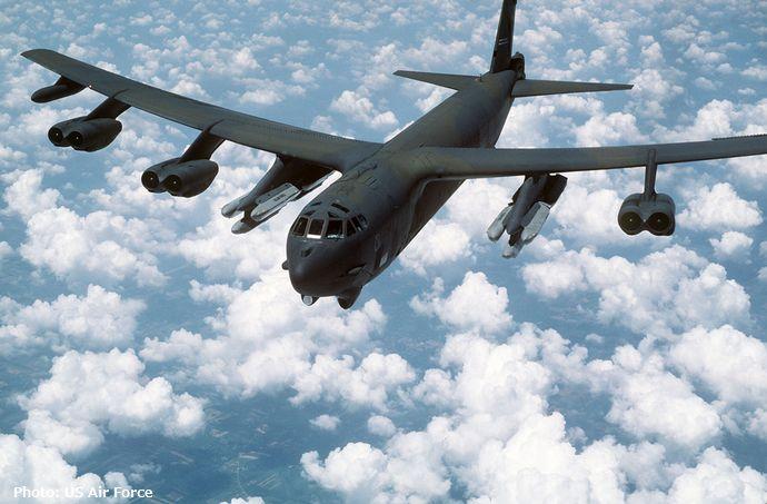 B-52G_with_AGM-86B_ALCMs
