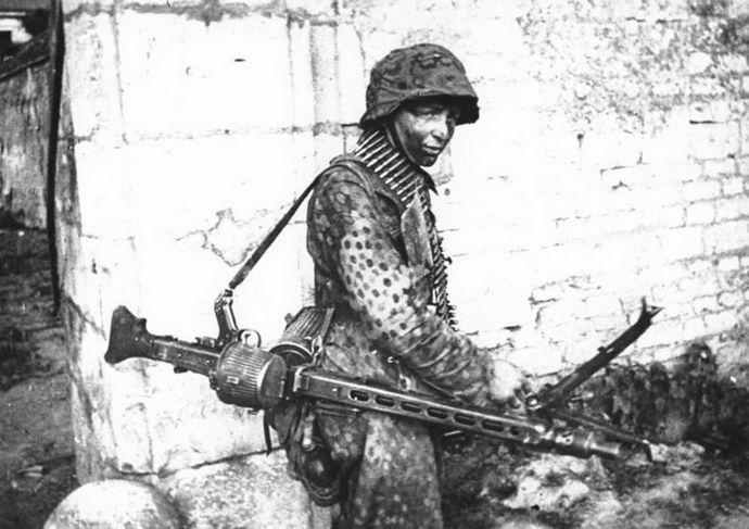 MG42 hitlerjugend 12 div SS