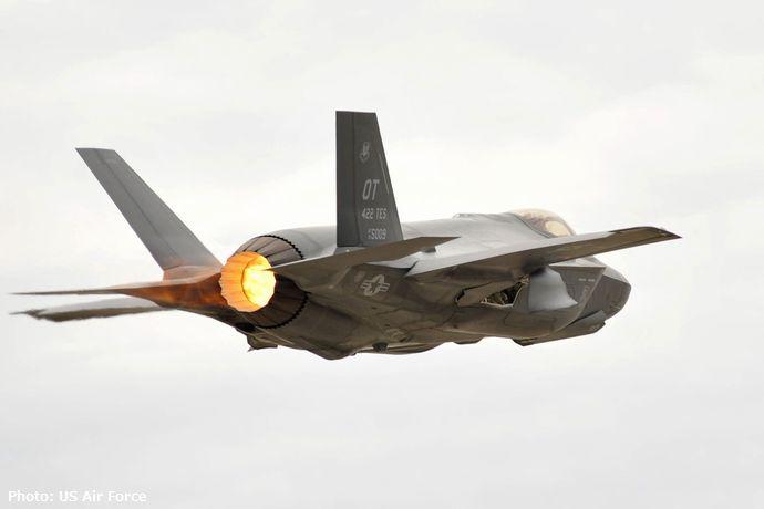 f-35-lightning-ii-1800